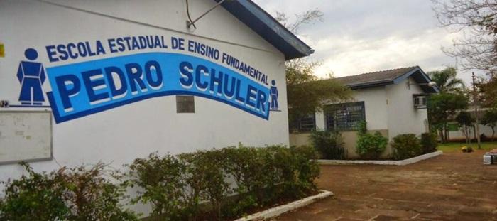 Após confirmar a contaminação de educadores por covid-19, duas das cinco escolas estaduais de Portão fecharam as portas: um professor, uma merendeira e uma vice-diretora foram positivadas