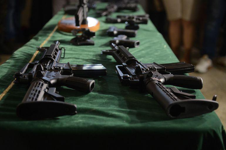 Posse de armas no país volta ao status de decreto publicado em 2019