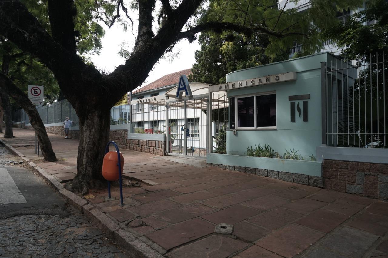 No Rio Grande do Sul, o grupo domina o Centro Universitário Metodista/IPA e o Colégio Metodista Americano/Imec (foto), em Porto Alegre, o Colégio e Faculdade Metodista Centenário/ IMC (Santa Maria), o Instituto Educacional Metodista/ IEM (Passo Fundo) e o Colégio União/ Imec (Uruguaiana)
