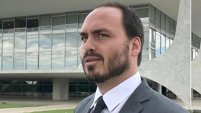 O vereador Carlos Bolsonaro (Republicanos-RJ) foi citado em depoimentos sobre a assessoria paralela no ministério da Saúde
