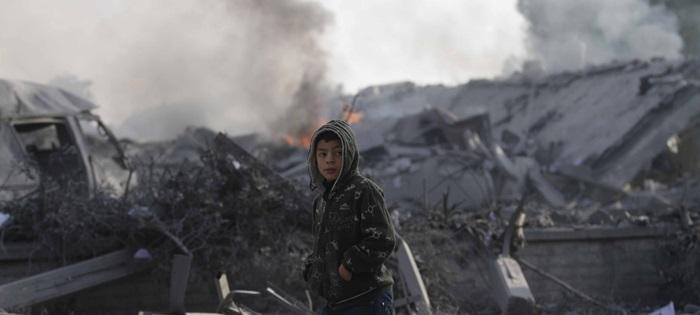 A cidade de Rafa, no sul da Faixa de Gaza, destruição após intensos bombardeios deste mês que provocaram a morte de 270 pessoas