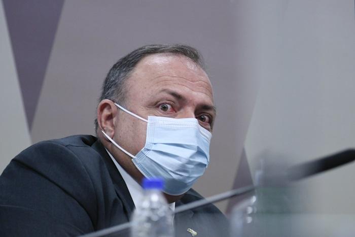 O ex-ministro da Saúde Eduardo Pazuello tentou atuar como lobista da cloroquina junto à OMS, suspeita CPI