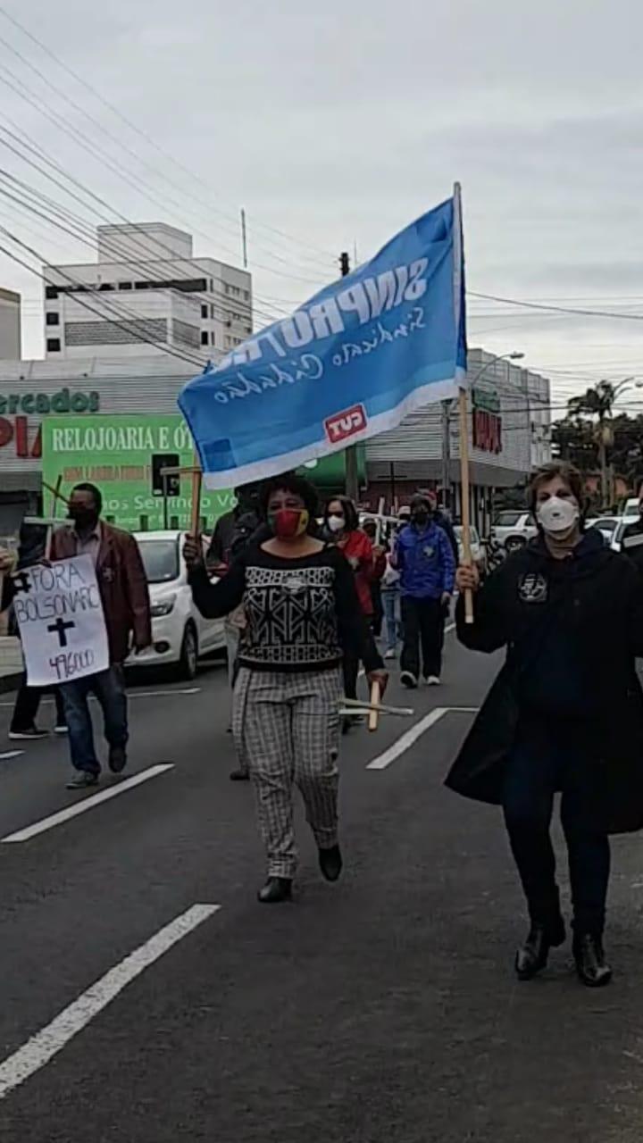 OSÓRIO   Manifestantes retornam às ruas do Rio Grande do Sul pelo impeachment de Bolsonaro