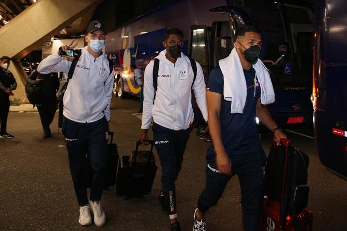 Delegação da Venezuela, que chegou ao Brasil na última quinta-feira e jogou domingo contra o Brasil tem 13 atletas infectados
