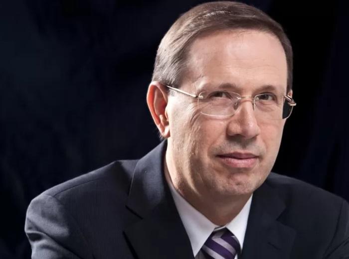 O empresário Carlos Wizard Martins foi apontado como um dos membros mais influentes e um dos financiadores do gabinete paralelo e foi convocado para a CPI