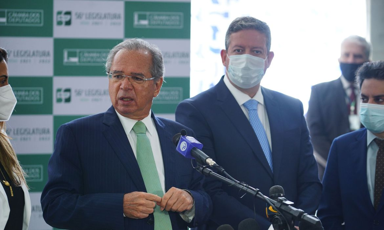 Presidente da Câmara, Arthur Lira PP - AL, recebeu do ministro da Economia, Paulo Guedes, o projeto de Lei que trata da Reforma do Imposto de Renda para Pessoas Físicas, para Empresas e Investimentos