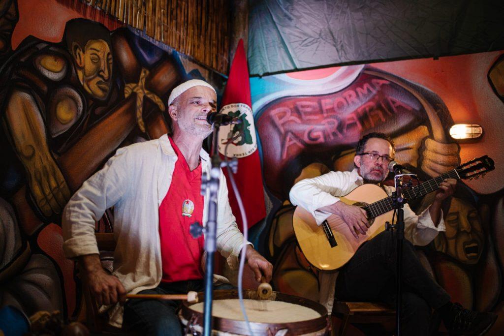 Grupo Unamérica fará o show de comemoração dos 3 anos do Brasil de fato RS