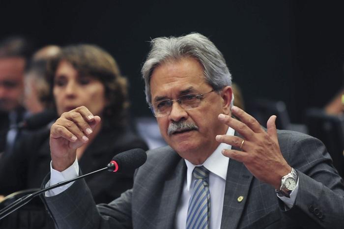 """Nilmário: """"Tão logo acabar esse desgoverno, o Brasil terá que, urgentemente, trabalhar para um PNDH 4"""""""