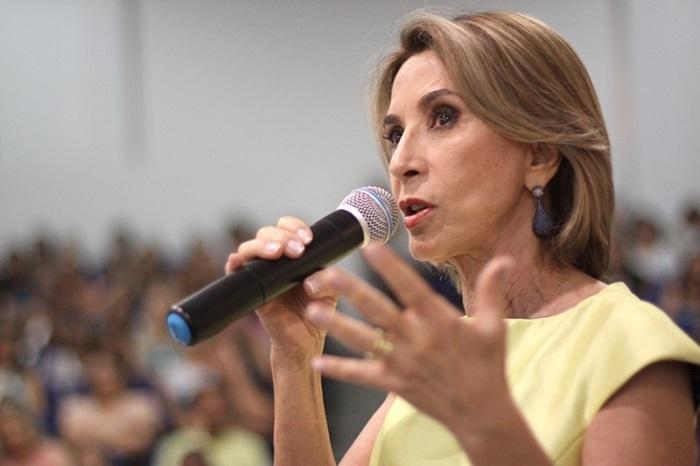 """Para a secretária de Educação do RS, Raquel Teixeira, casos de contágio são """"isolados"""""""