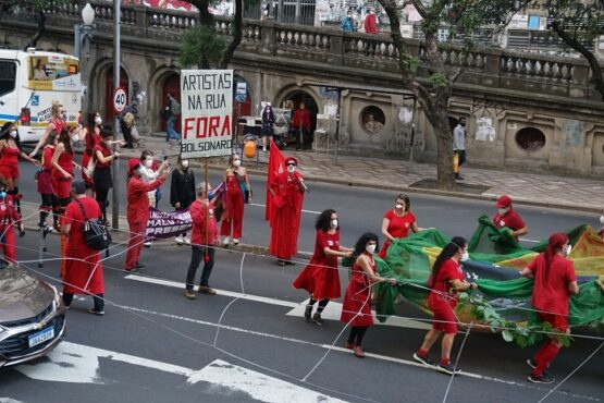 Artistas lutam pelos recursos dos fundos de Cultura em Porto Alegre | Foto: Igor Sperotto