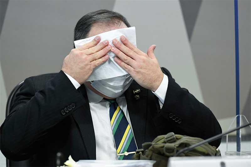O Exército atribuiu à Lei de Acesso à Informação (LAI) o sigilo de 100 anos no processo que apurou a ida do general da ativa e ex-ministro da Saúde Eduardo Pazuello a um ato no Rio de Janeiro com o presidente Jair Bolsonaro e apoiadores do governo