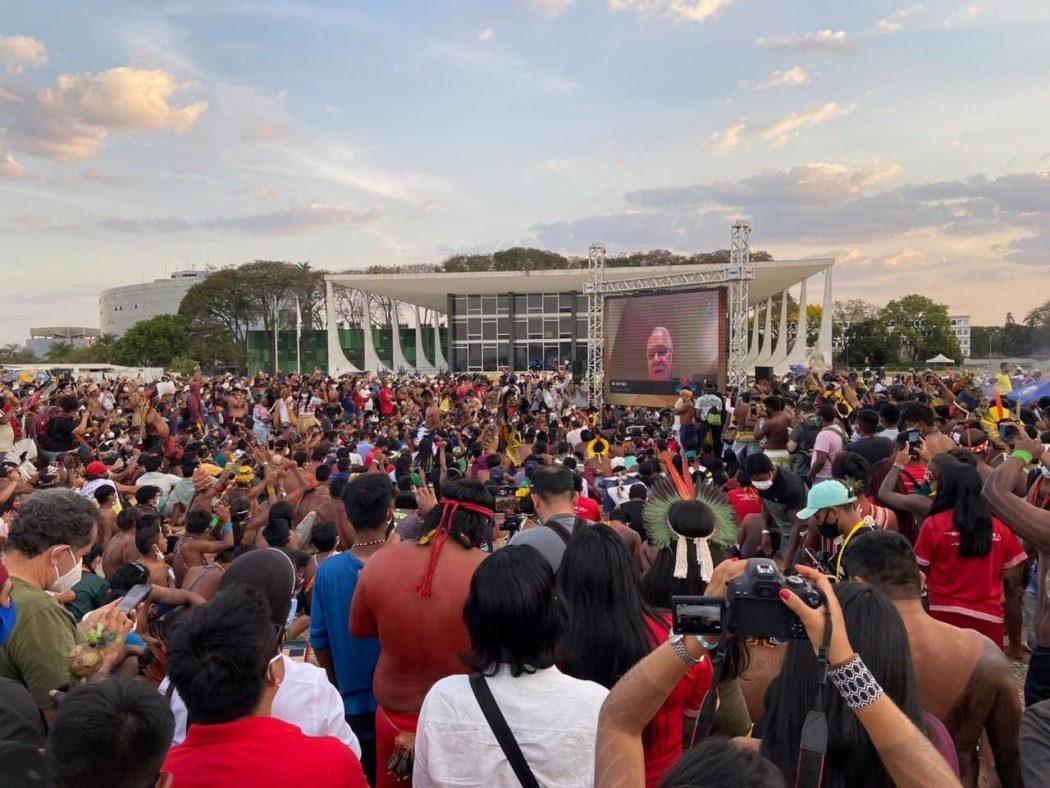 O sentido da luta dos povos indígenas pela terra Brasil